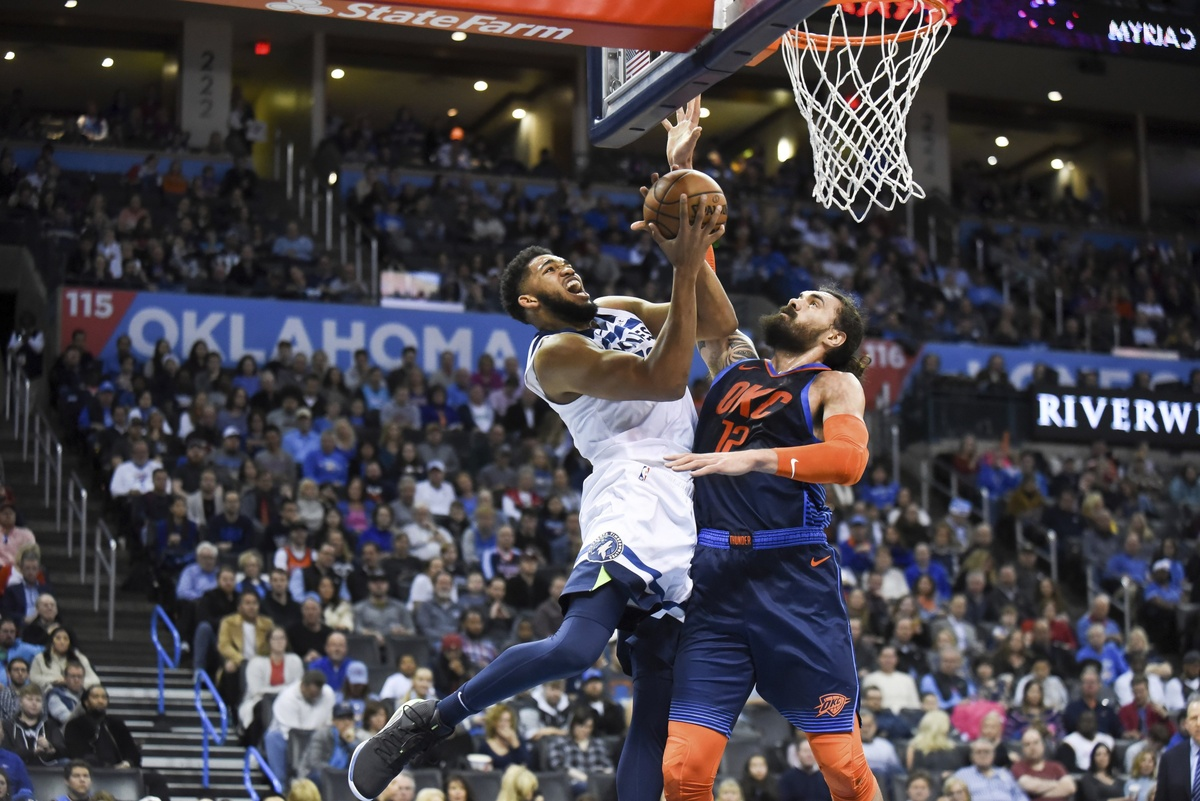 Wolves' Towns questionable vs  Knicks after car accident