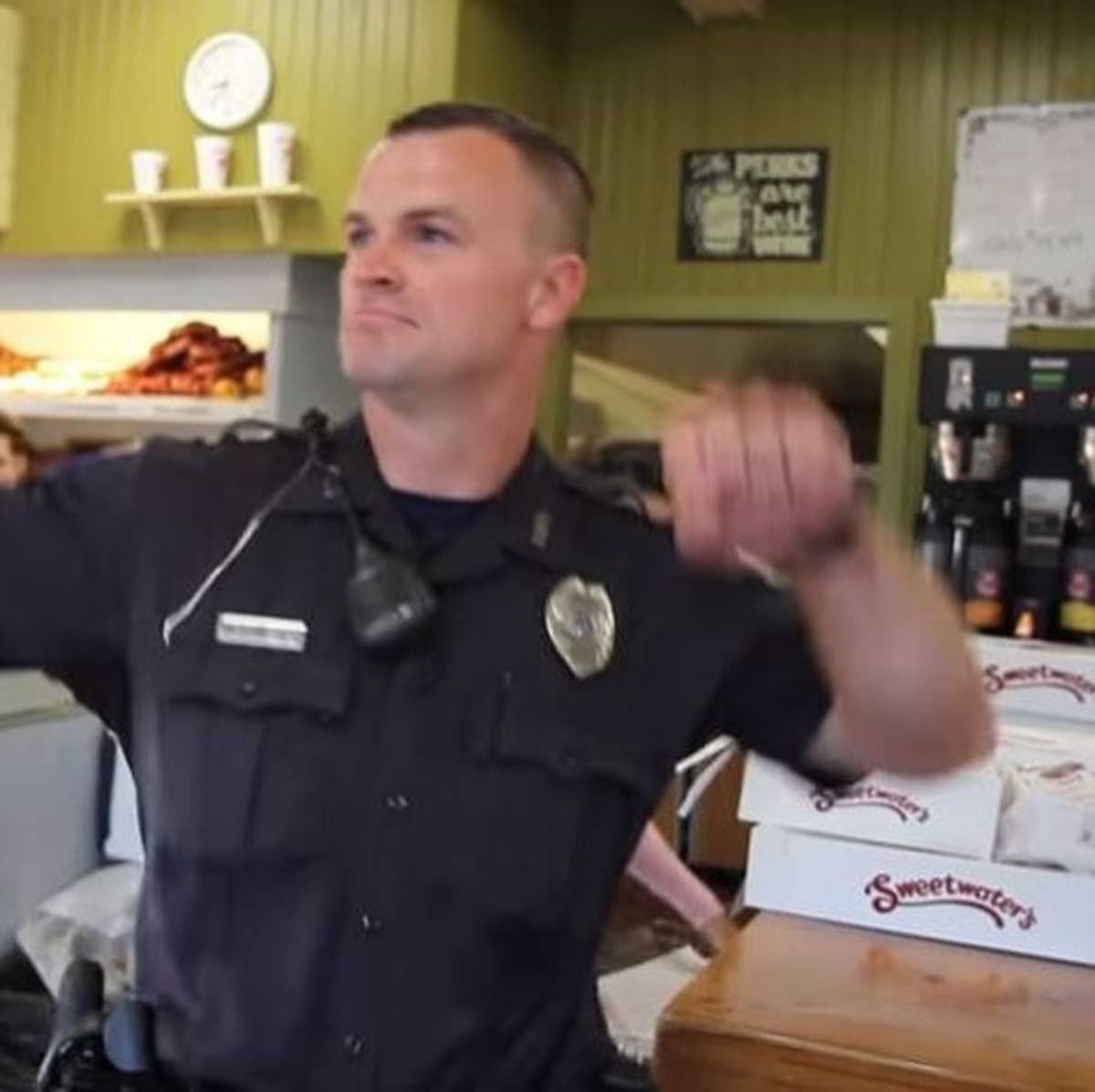 VIDEO] Kalamazoo Police And Fire Departments Take On The Lip