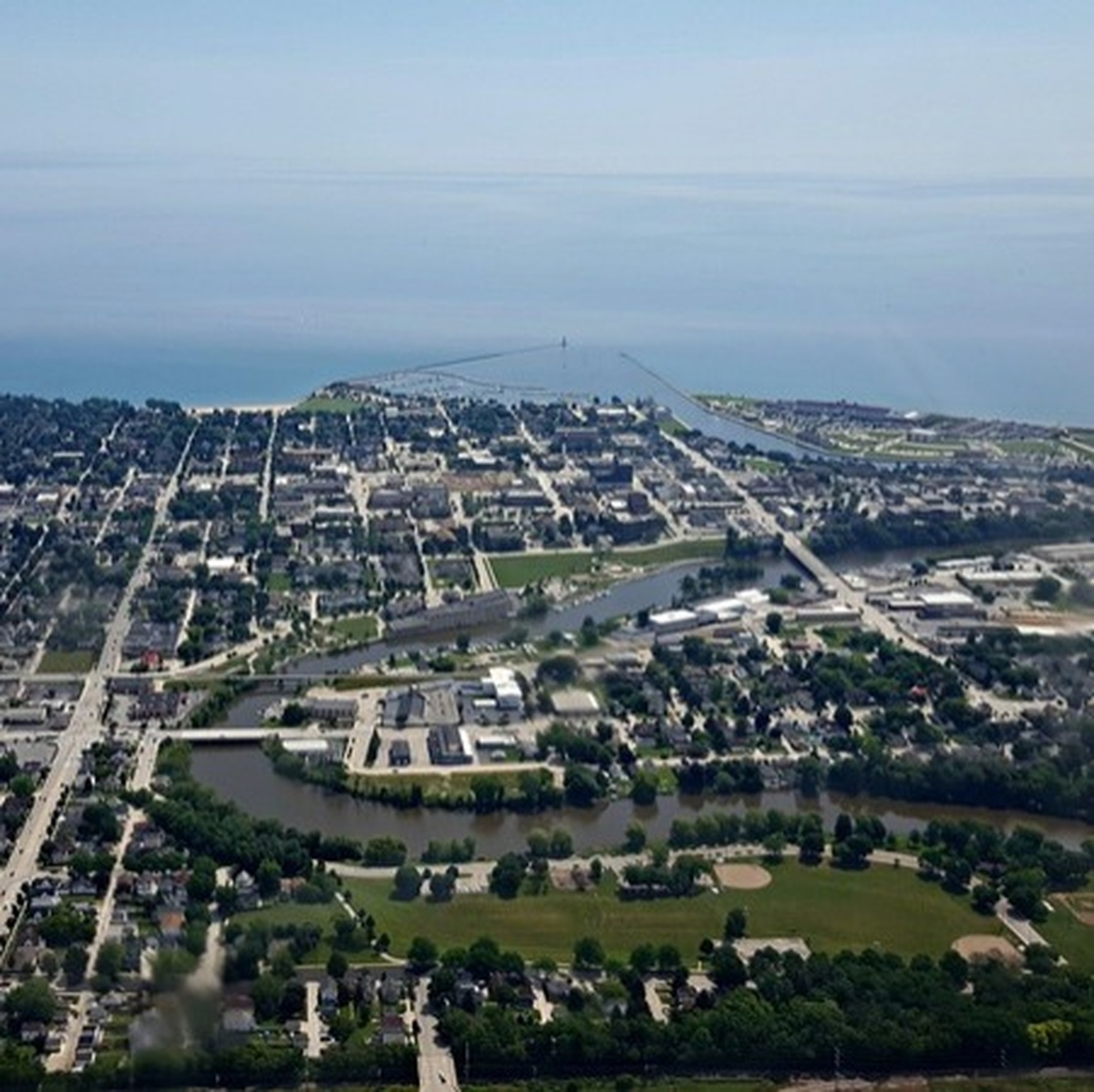 11-2-2018 - Sheboygan Area Weekend Whassup | 104 5 and 96 1