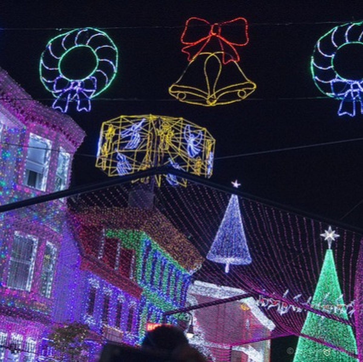 Christmas Light Showdown In Jersey