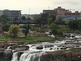Independent review of lower falls viewing area | KELO