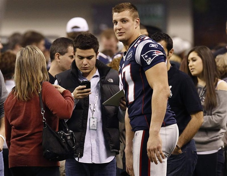 Rob Gronkowski Clears Concussion Protocol, On Track to Play in Super Bowl