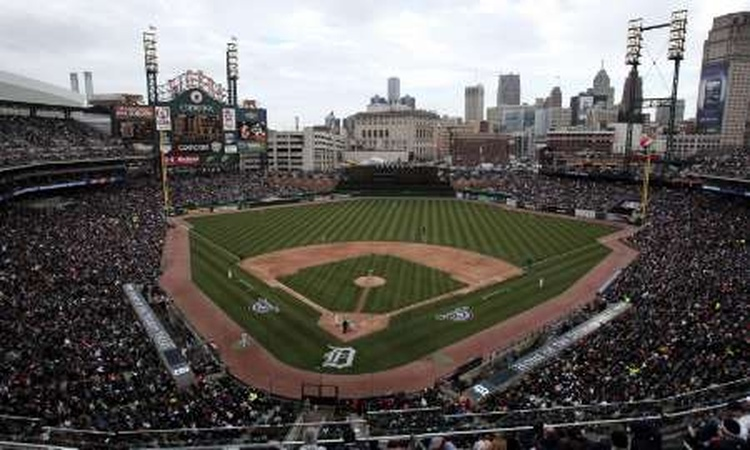 Tigers' Gardenhire says Major League Baseball admits mistakes in replay reversal