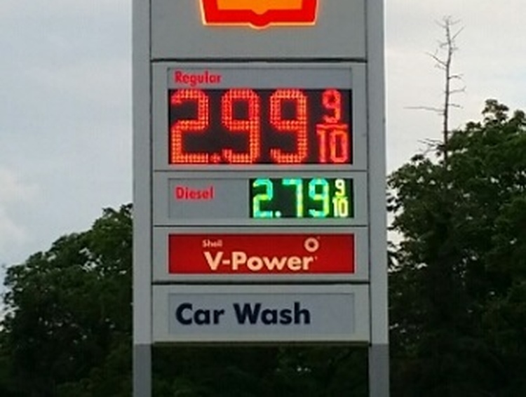 Meadville-area gas prices dip below $3 per gallon