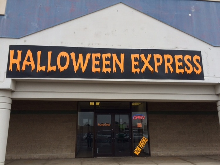 Halloween Store College Station | Halloween Express Store Located At 2763 S Oneida St Ashwaubenon Wi