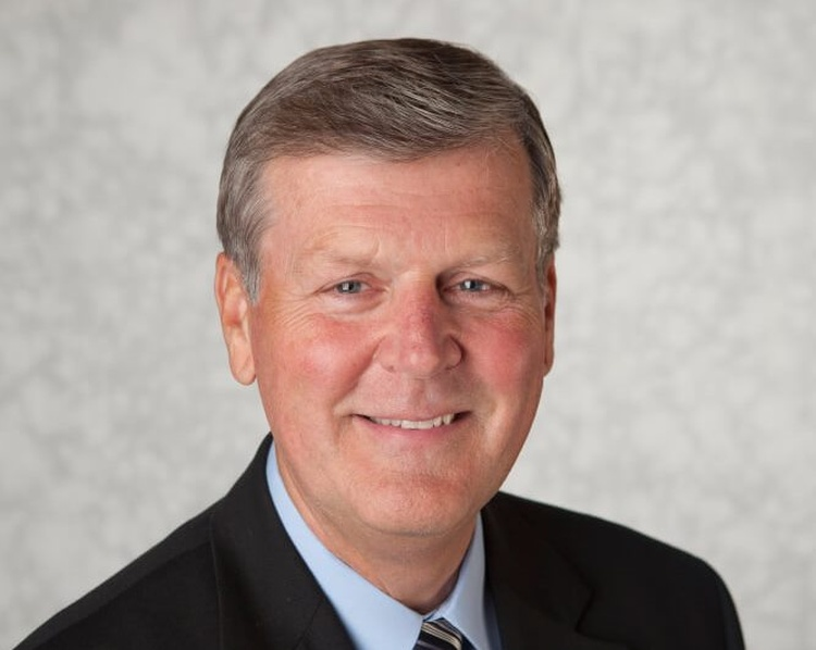 GVSU president Thomas Haas announces retirement