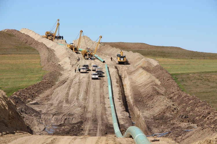 Federal judge orders spill response plan for Dakota Access Pipeline
