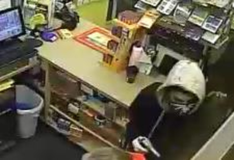 2 men wanted for armed gas station robbery in South Haven