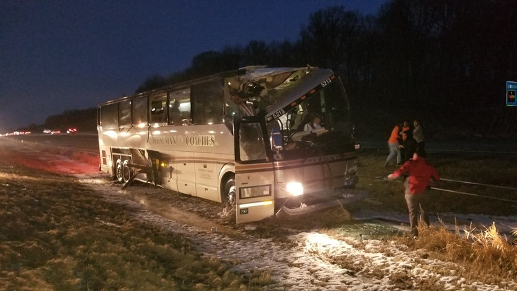 Coach bus crashes on I-94 in St. Michael, Minn
