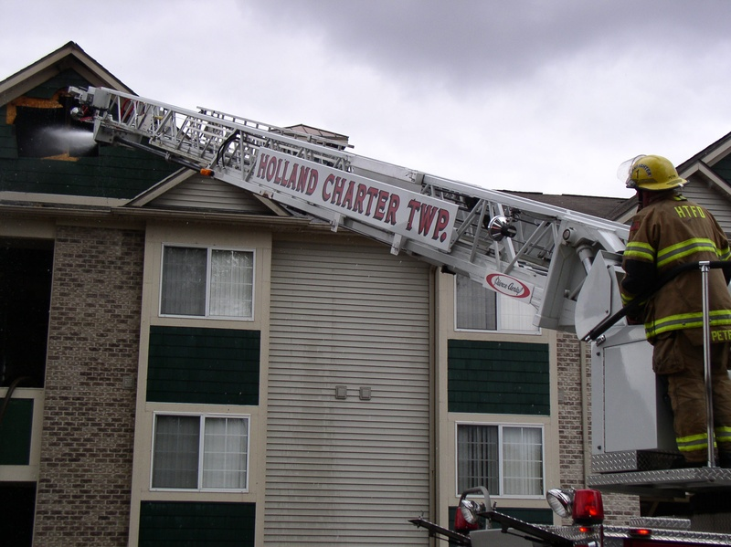 ... Fire At Clearview Apartments In Holland October 10, ...