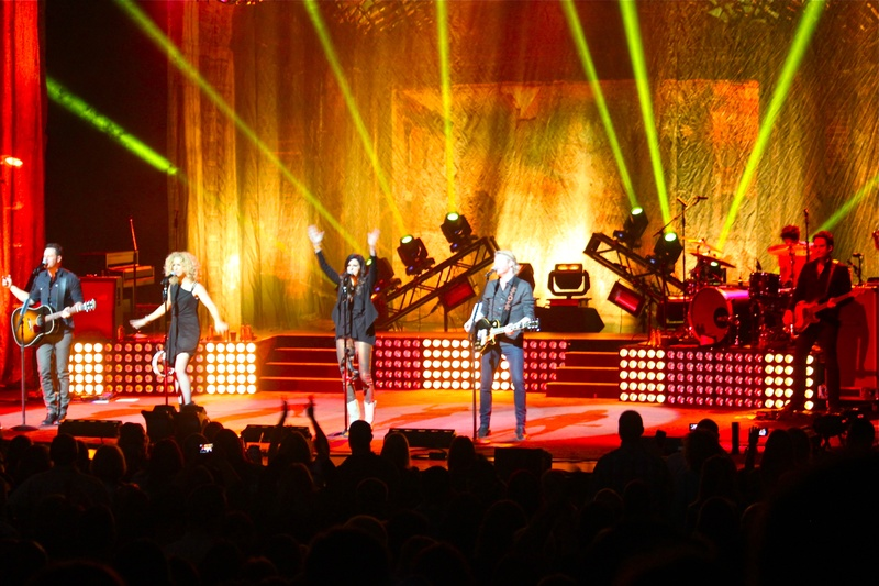 Photos: Y100 Presented Little Big Town at the Fox Cities PAC :: 3/23