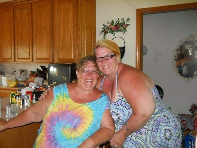 Photos: WIXX Loves Northeast Wisconsin Moms - Mother's Day